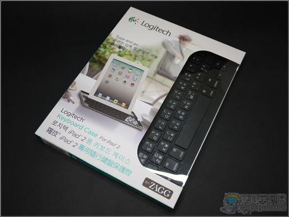 是iPad也可以是變形平板! Logitech iPad2專用隨行鍵盤保護殼這篇文章的首圖