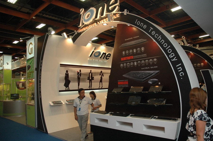 是Computex 2009:ione元聚推出有背光的機械式鍵盤,以及空中滑鼠這篇文章的首圖