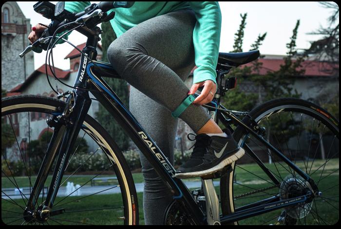 是特別重視腳部運動追蹤, Flyfit 希望提供更正確的運動紀錄這篇文章的首圖