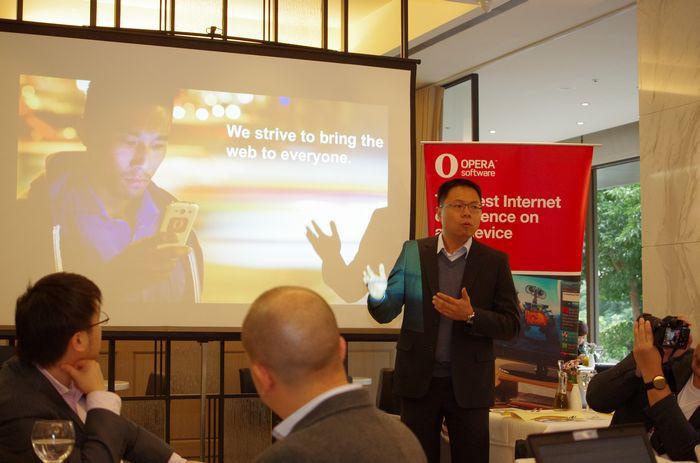 是Opera 回顧 2014 年進展,以壓縮技術與創新介面讓更多人能暢遊網路這篇文章的首圖