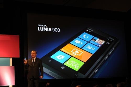 是Steve Ballmer 吐真言: Nokia 只是微軟 Windows Phone 戰略的一部份、不是全部這篇文章的首圖