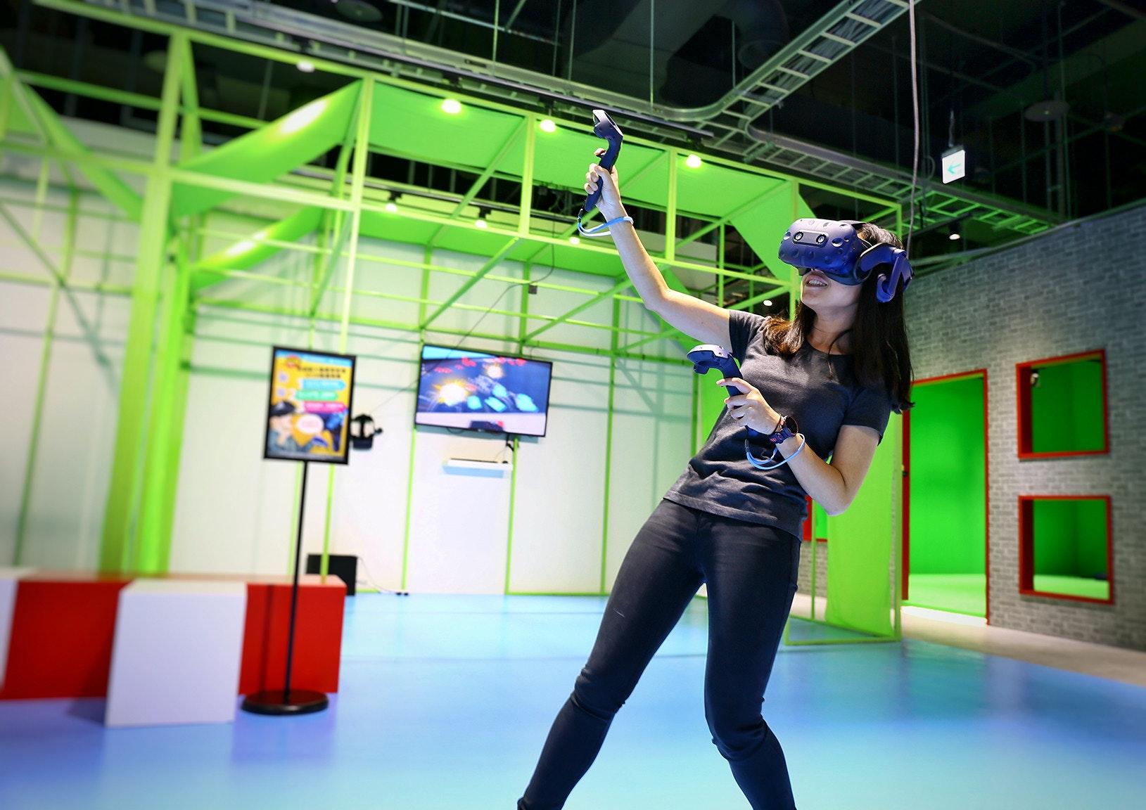 Game, Girl, Technology, , fun, blue, fun, technology, recreation, leisure, games, girl