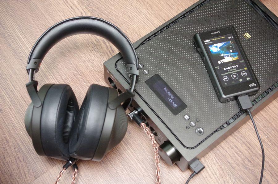 是Sony 70 周年 Signature 三部曲:冠上 ES 的 Sony 首款專為耳機設計的桌上型擴大機 TA-ZH1ES這篇文章的首圖