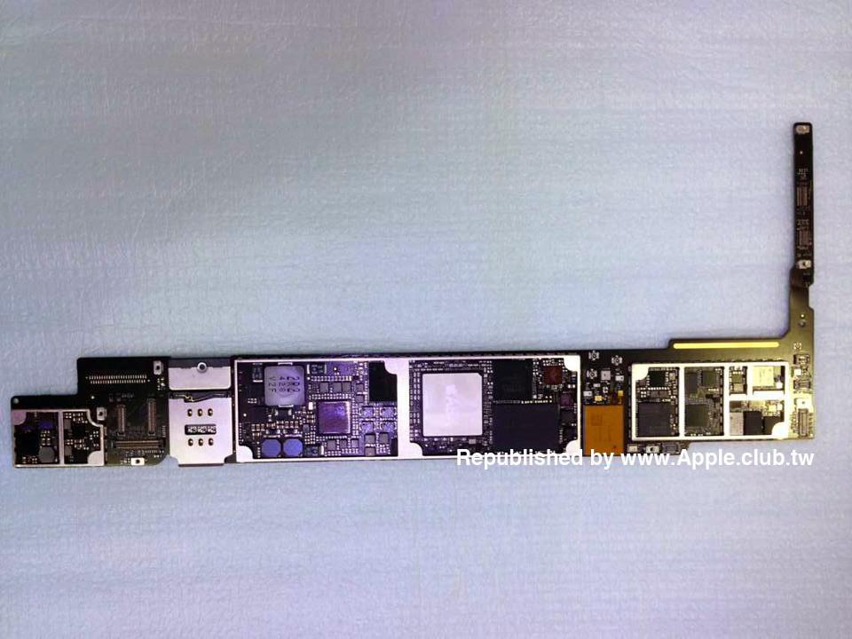 是搭載 Apple A8x 處理器的電路板曝光,可能是新一代 iPad 主機板這篇文章的首圖