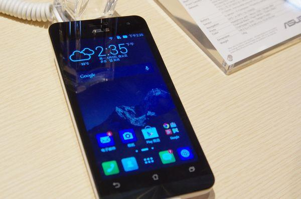 是Computex 2014 :華碩展前記者會新品介紹、不確定上市時間的高通版 LTE ZenFone A500KR這篇文章的首圖