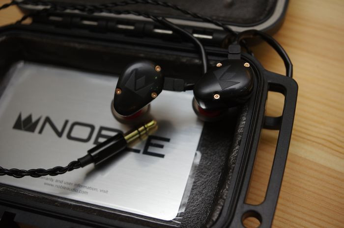 是K10 的親弟弟,  Noble Audio Savant 耳道式耳機動手玩這篇文章的首圖