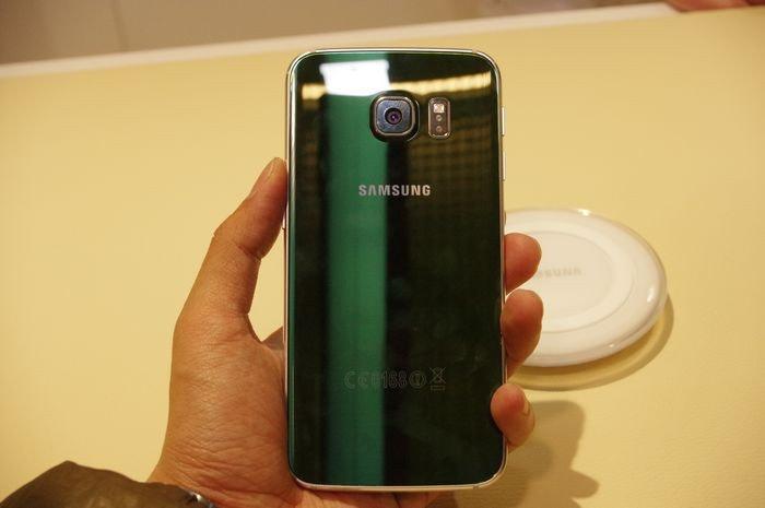 是三星 Galaxy S6 Edge 限定新色極光綠在台推出這篇文章的首圖