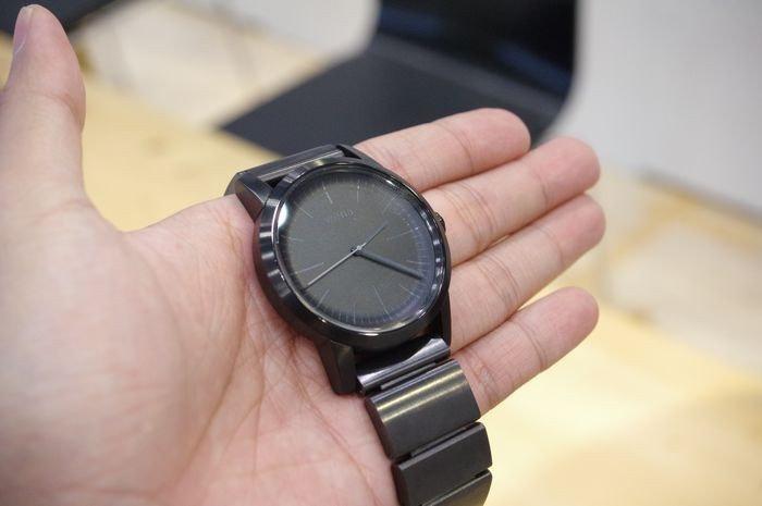 是出自 Sony 群募平台的優美智慧錶 wena wrist 正式在通路推出這篇文章的首圖