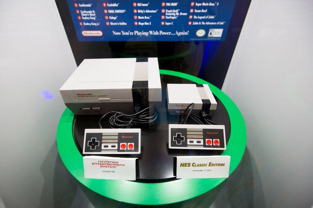 是原來就這麼小!任天堂 NES Classic Edition 實機就長這樣這篇文章的首圖