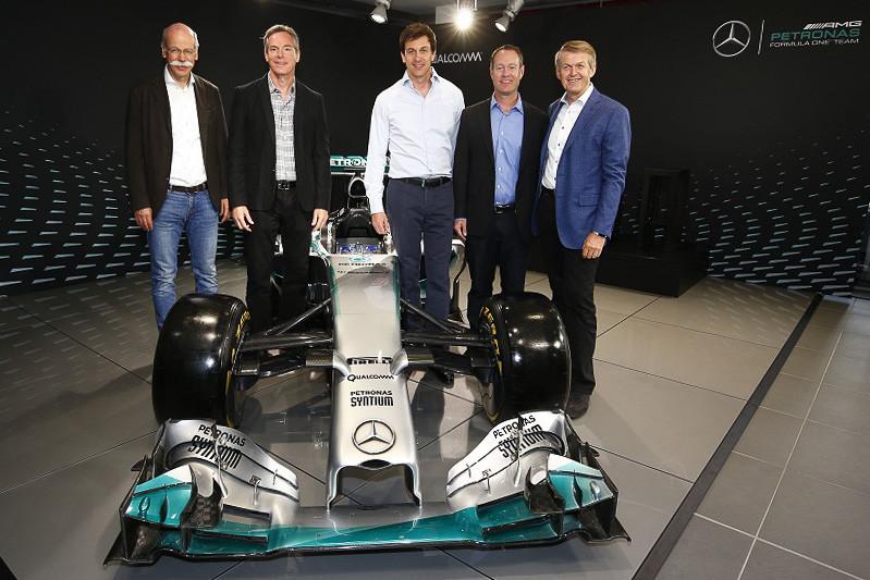 是藉無線技術使賽車數據蒐集更快速,高通與 MERCEDES AMG PETRONAS 於 F1 練習賽分享數據這篇文章的首圖