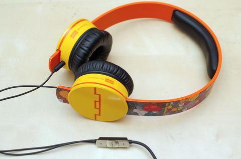 是模組化的潮流耳機, Sol Republic  Tracks5 HD by Deadmau5 這篇文章的首圖
