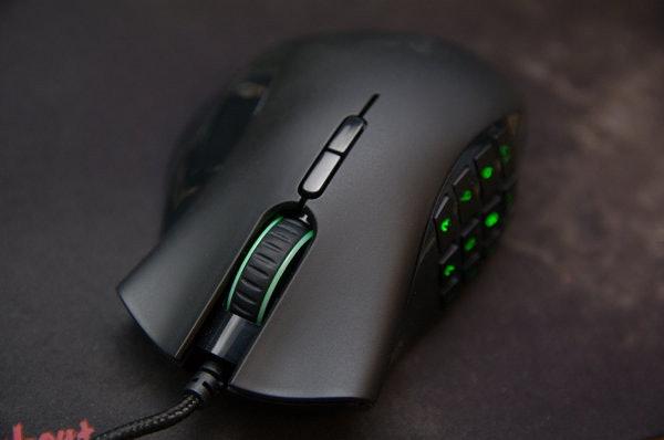 是經典 MMO 鼠再進化, Razer Naga 2012 動手玩這篇文章的首圖