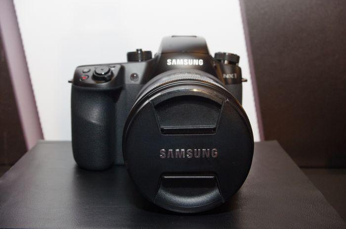 是傳 Nikon 可能於 CES 宣布接手三星的 NX 相機以及相關技術這篇文章的首圖