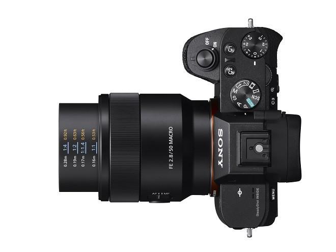 是Sony 發表 35mm 全幅 50mm 微距鏡頭 SEL50M28這篇文章的首圖