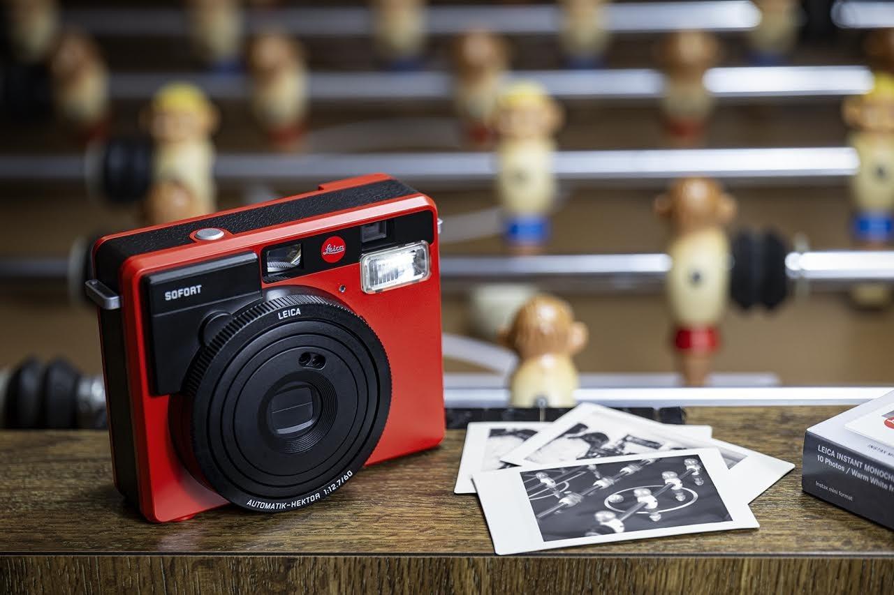 照片中提到了frica、SOFORT、LEICA,包含了無反光鏡可換鏡頭相機、數碼單反、徠卡相機、相機、無反光鏡可換鏡頭相機