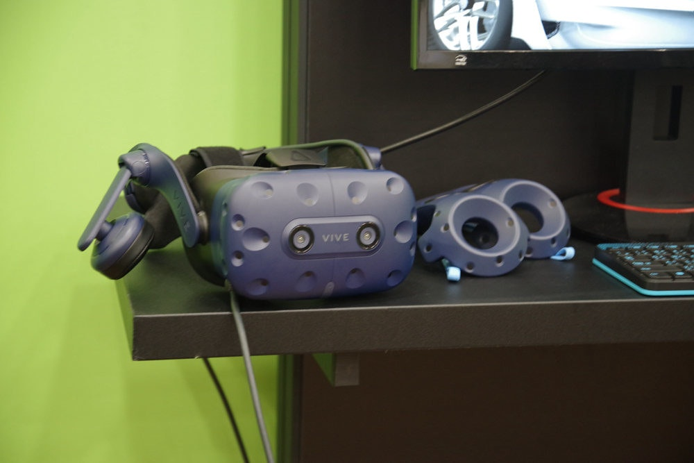 Robot, Product design, Electronics, Design, Space, Gadget, Product, robot, Gadget, Machine, Technology, Electronics, Electronic device, Animation