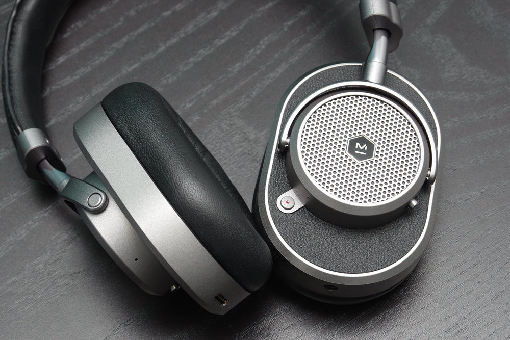 Audio, Product, Product design, Design, Audio signal, Headphones, Master & Dynamic ME05, Plantronics .Audio, headphones, Headphones, Gadget, Headset, Audio equipment, Electronic device, Technology, Audio accessory, Stereophonic sound, Communication Device, Microphone