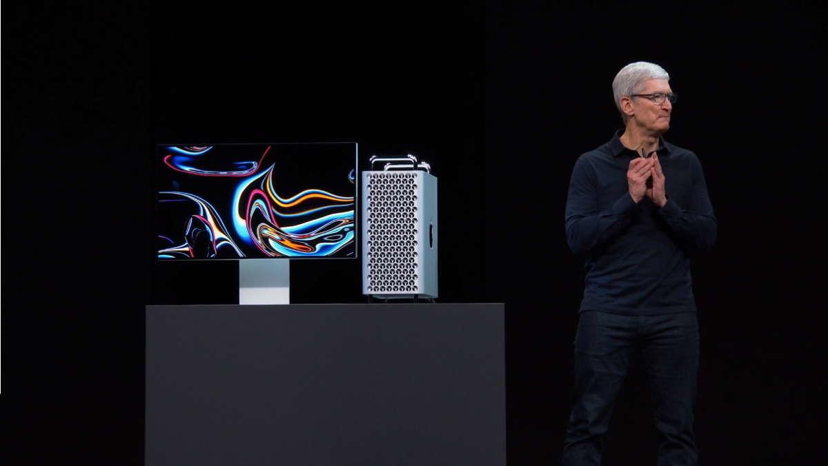 是新版 Mac Pro 的最頂規繪圖卡 AMD Radeon Pro Vega II 採 AMD 7nm 製程,雙芯藉 Infinity Fabric Link 互連這篇文章的第1圖