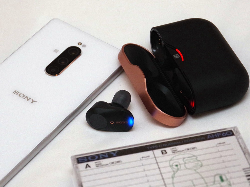 Electronics Accessory, Product, Product design, Design, Electronics, electronics, Technology, Electronic device, Gadget, Electronics, Headset