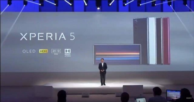 Sony Xperia Z5, , Sony Corporation, IFA 2019, Android, Sony Mobile, LED display, News, Tablet computer, News conference, stage, Stage, Performance, Fashion, Talent show, Display device, Design, Event, Technology, Architecture, Gadget