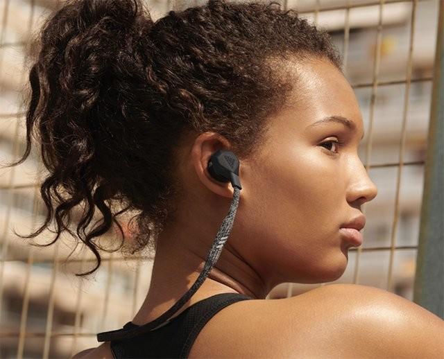 愛迪達與 Zone Industries 合作,推出兩款 Adidas 品牌藍牙運動耳機