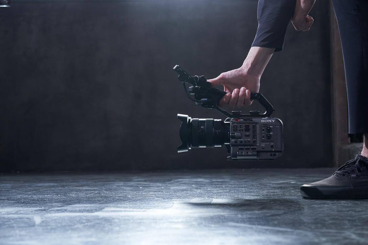 照片中提到了SONY、G),包含了索尼fx6、索尼FX6全畫幅影院攝像機、了索尼、相機、索尼α