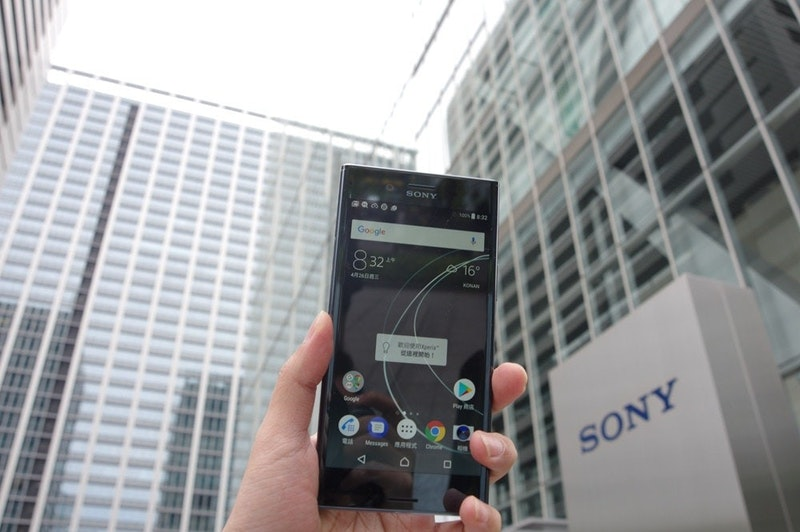 由於專業商品與消費級產品壁壘逐漸消弭,日本 Sony 將一般零售與商用解決方案部門合併