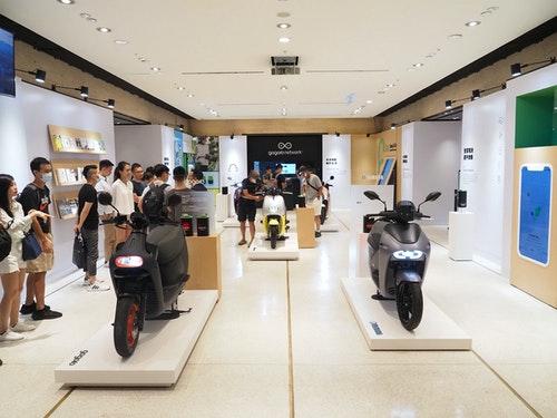 Gogoro Network 攜 5 大 PBGN 品牌於誠品信義舉辦#換電,預備騎特展