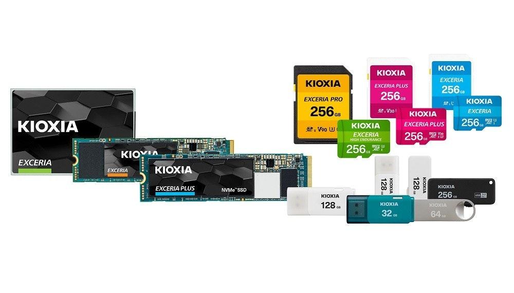 照片中提到了KIOXIA、KIOXIA、EXCERIA,跟KDKA電視有關,包含了快閃記憶體、快閃記憶體、柯夏、固態硬盤、SD卡