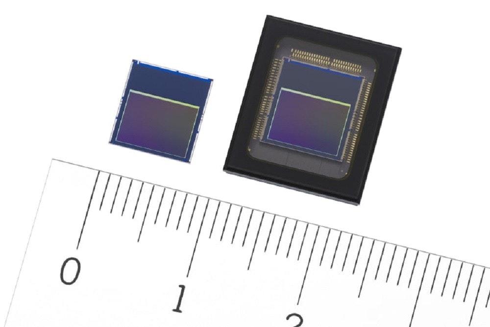 照片中提到了1,包含了圖像傳感器、圖像傳感器、傳感器、索尼公司、電子零件