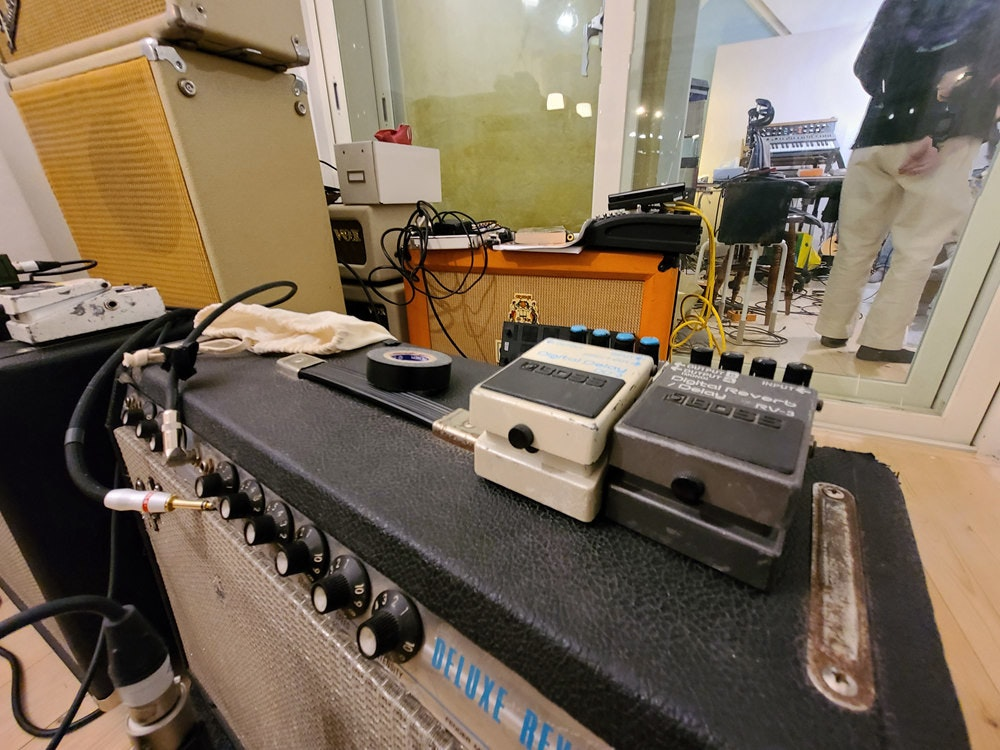 照片中提到了INPUTE、tal Re vert、Pelst,跟焦点自行车有关,包含了电子产品、电子产品、机、电子乐器、科学