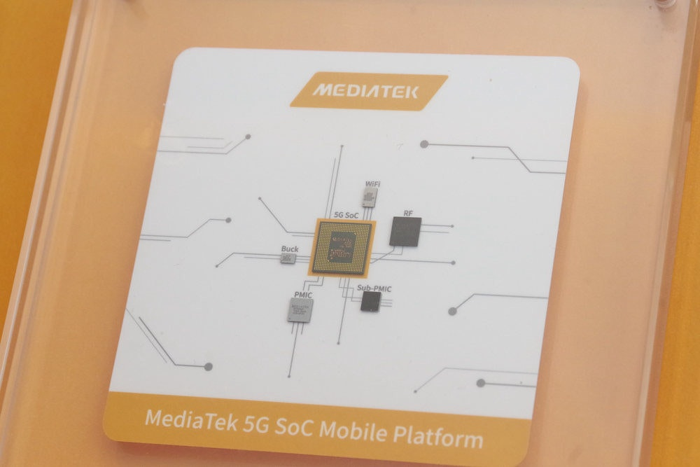 照片中提到了MEDIATEIK、WIFI、RE,跟聯發科有關,包含了設計、5G、英特爾、產品設計