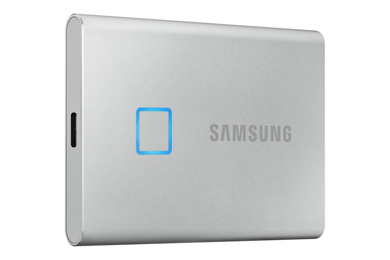 照片中提到了SAMSUNG,跟三星集團有關,包含了觸摸ssd三星、三星T7 Touch便攜式SSD、固態硬盤、500 GB、三星