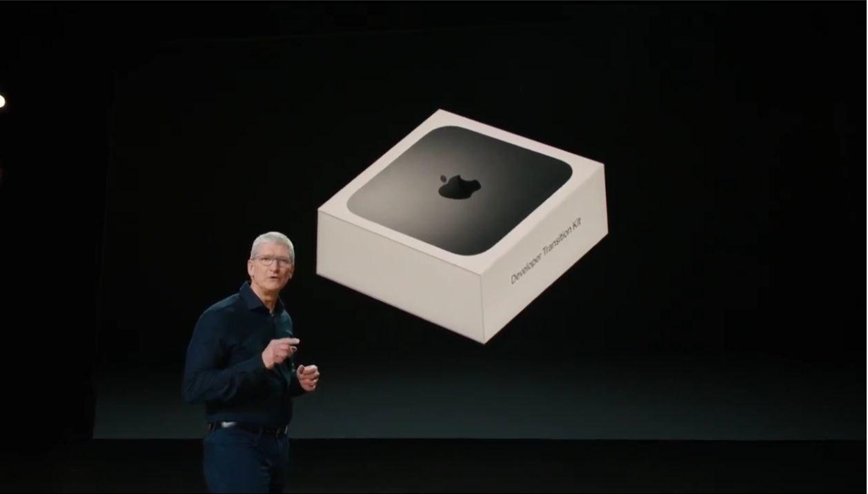 照片中提到了Develper Transoton K,跟iphone 5有關,包含了浴室水槽、浴室、產品設計、下沉、產品