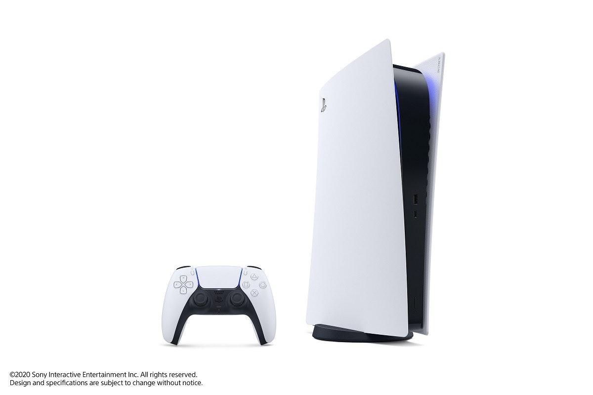 照片中提到了©2020 Sony Interactive Entertainment Inc. All rights reserved.、Design and specifications are subject to change without notice.,包含了的PlayStation 5、的PlayStation、索尼PlayStation、的PlayStation 5、索尼公司