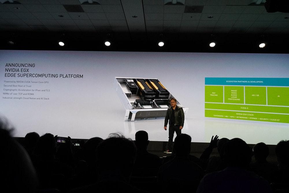 照片中提到了ANNOUNCING、NVIDIA EGX、EDGE SUPERCOMPUTING PLATFORM,包含了設計、超級電腦、服務器、英偉達、顯示裝置