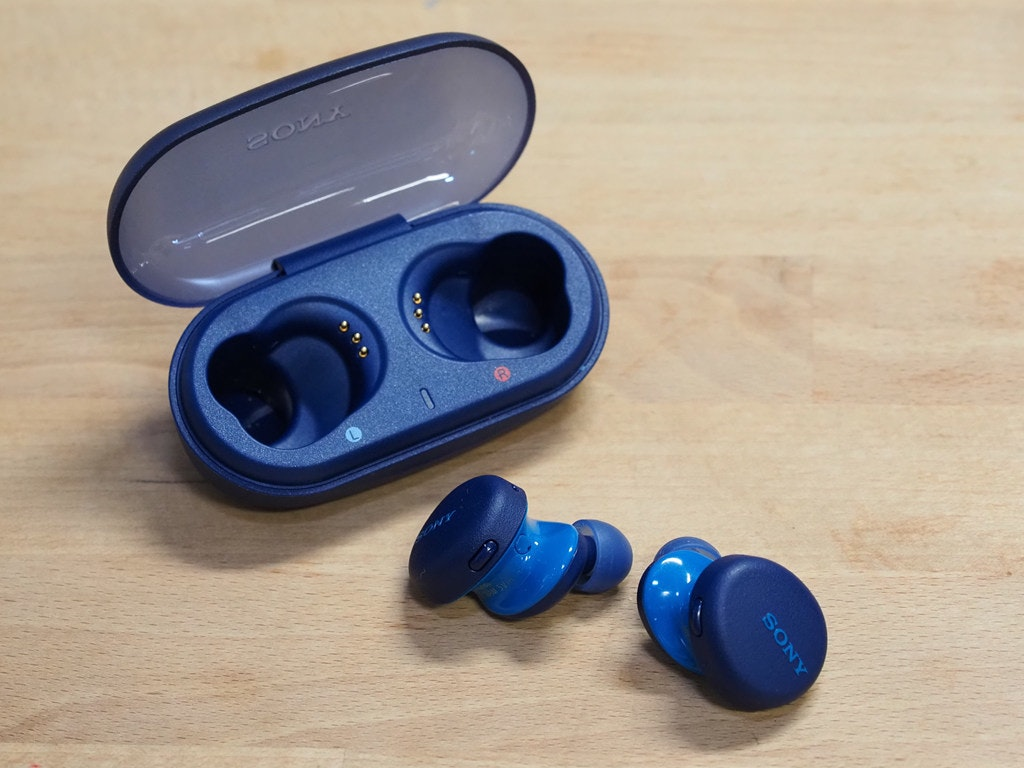 照片中提到了SONY,跟了索尼有關,包含了鈷藍色、產品設計、產品、塑料、設計