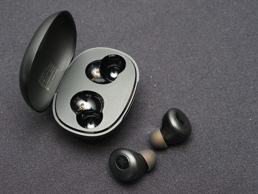 照片中包含了硬件、產品設計、音響器材、設計、產品