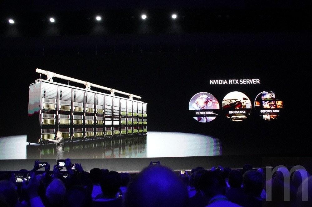 照片中提到了NVIDIA RTX SERVER、RENDERING、OMNIVERSE,包含了階段、英偉達、顯卡、電腦、電腦