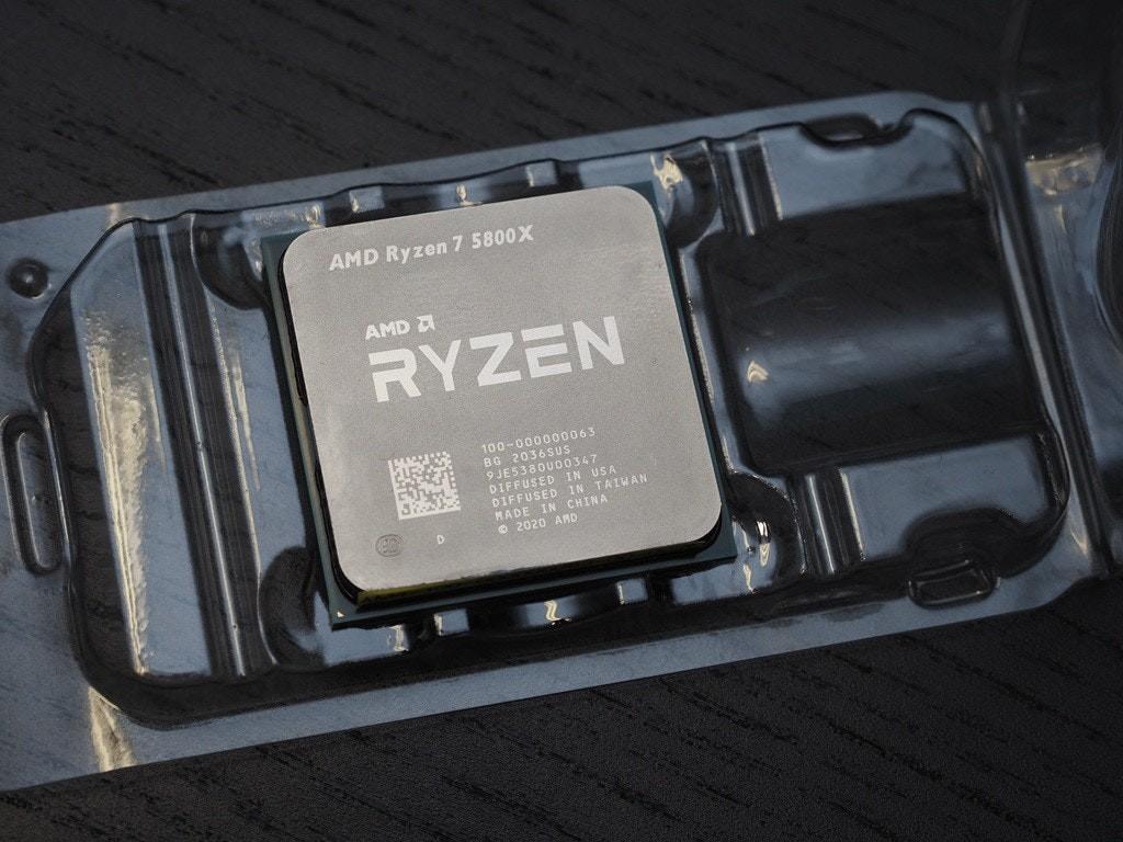 照片中提到了AMD Ryzen 7 5800X、RYZEN、AMD A,跟Advanced Micro Devices公司有關,包含了電子產品、AMD銳龍7 5800X、英特爾、禪宗3