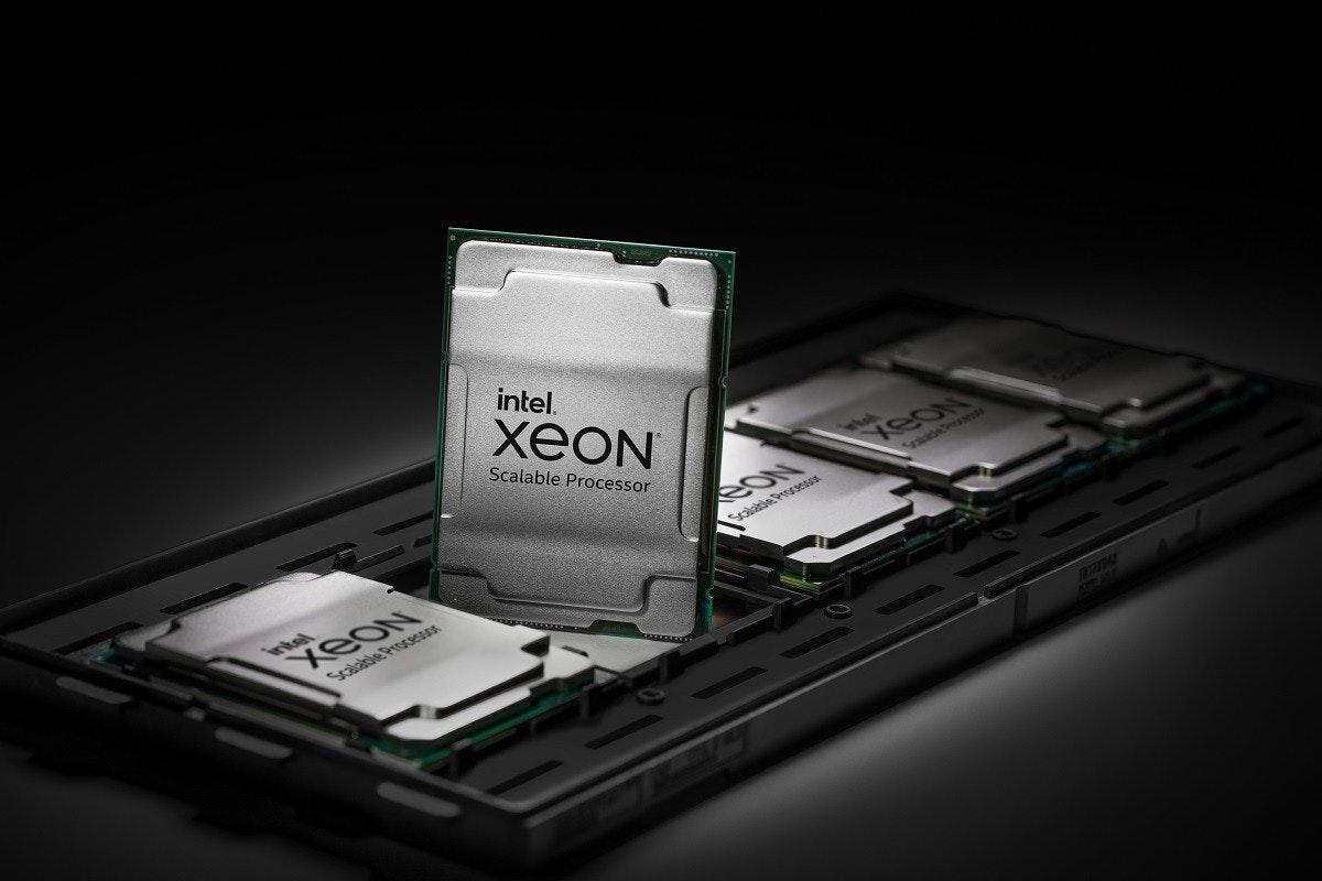 照片中提到了intel.、XEON、Scalable Processor,跟巴恩斯(Barnes&Noble Nook)有關,包含了小工具、至強、中央處理器、英特爾、冰湖