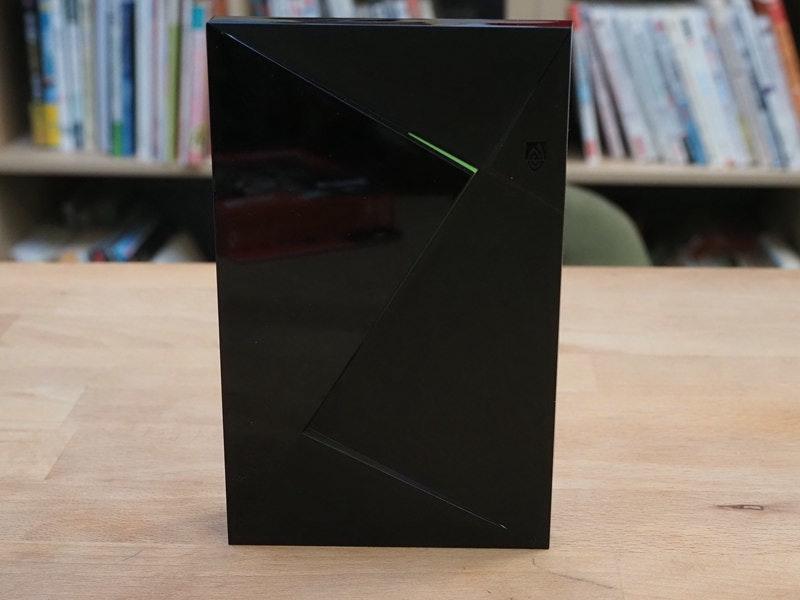 照片中包含了表、膠合板、產品設計、角度、設計