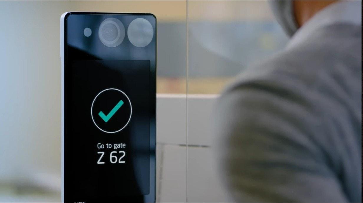 照片中提到了Go to gate、Z 62,包含了手機、手機、移動電話、蜂窩網絡、產品設計