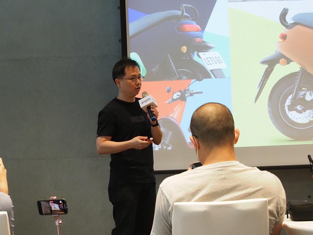 照片中提到了LETS GO、Qobo6,包含了設計、通訊