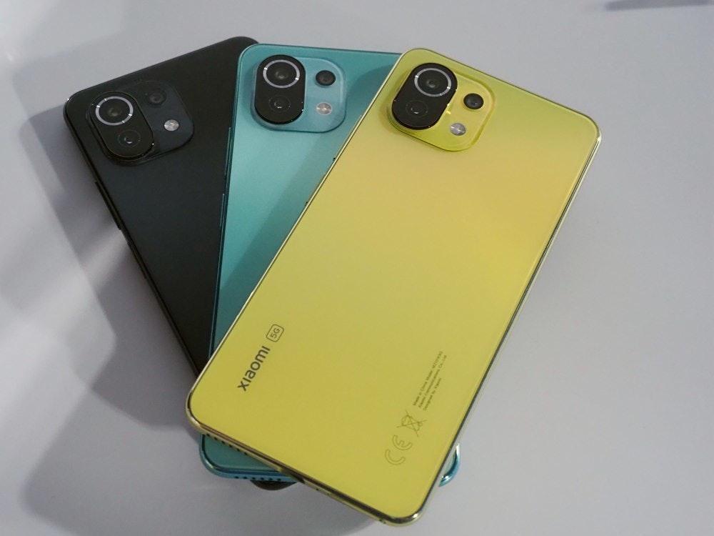 照片中提到了xiaomi (5G,包含了硬件、小米米11 Lite、手機、小米、手機配件