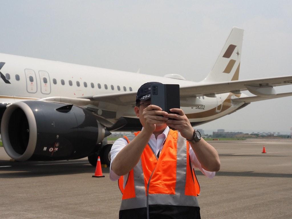 照片中跟星際航空公司有關,包含了航空公司、飛機、航空旅行、空客、飛機