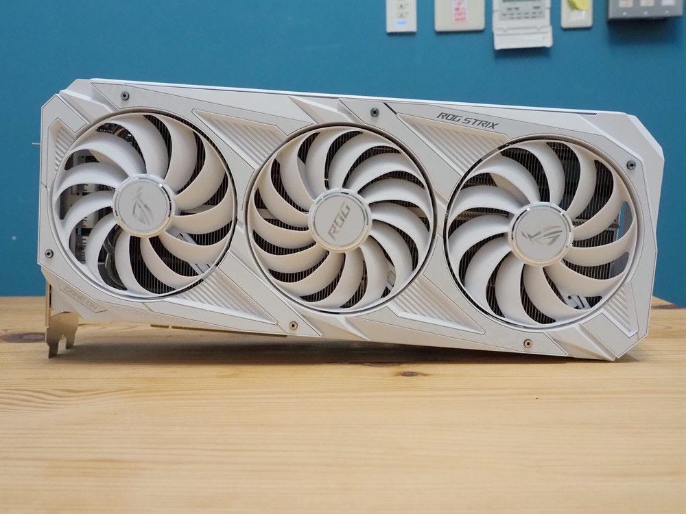 照片中提到了ROG STRIX,包含了提普蘇丹墓、華碩ROG Strix GeForce RTX 2080 Ti、華碩ROG Strix GeForce RTX 3080、玩家共和國、華碩