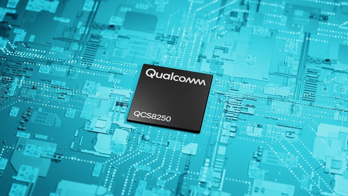照片中提到了.. ..、...........、Qualcomm,跟高通公司、化石集團有關,包含了電子工程、電子產品、中央處理器、電子工程、電腦