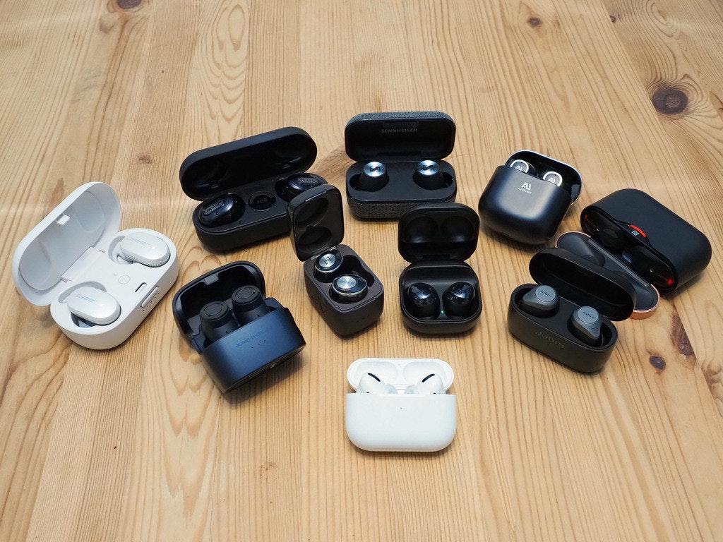 照片中提到了SENNHEISER、Al、Jabn,包含了塑料、產品設計、相機配件、塑料、字形