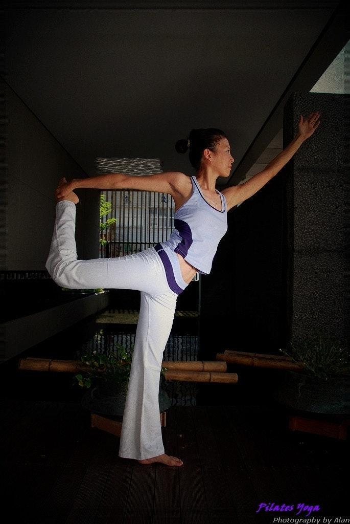 是主題拍攝 Pilates Yoga -拜碼頭首發這篇文章的首圖